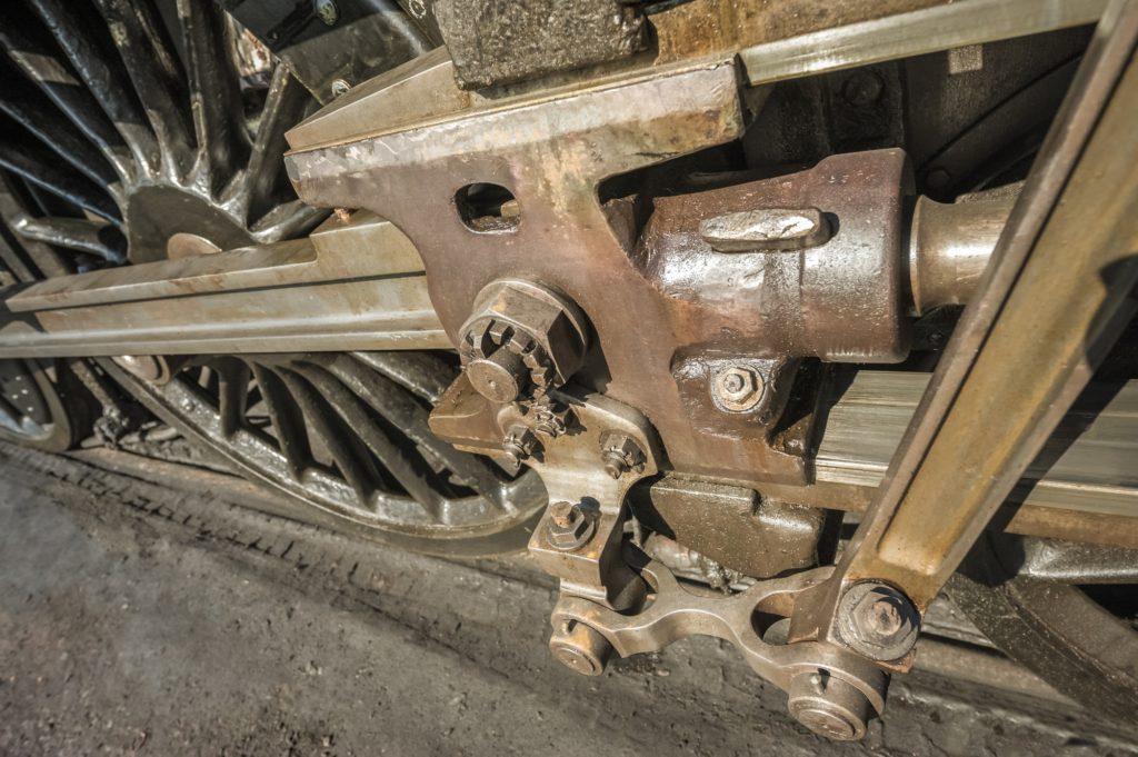 locomotive engineering